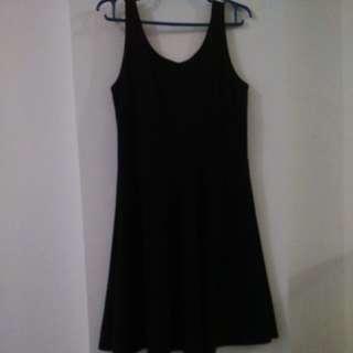 Black Skater Dress M/L