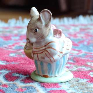 Old Beatrix Potter Beswick figurine of Mrs Tittlemouse