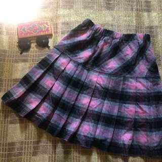 Korean checkered skirt