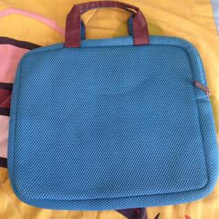 SALE! Benetton - Laptop bag / sleeve 14inches
