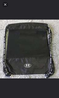 (FREE 送)under armour ua bag , like最近20個post,留言liked ,勿pm 2018/4/20截止,隨機送岀,like my 20 poat random shipping out