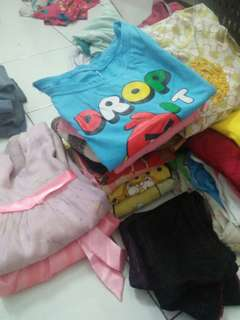 Cuci gudang baju anak
