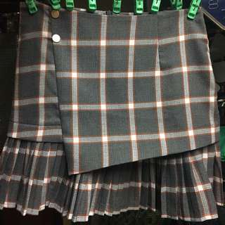 HQ PLAID SKIRT