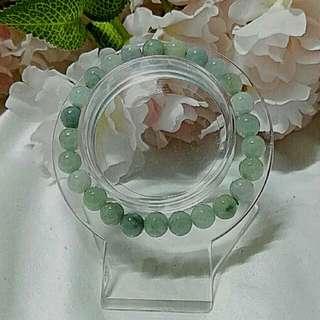 缅甸 A 玉 size 8mm Jade bracelet.
