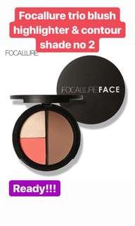 Focallure trio blush highlighter & countour 02