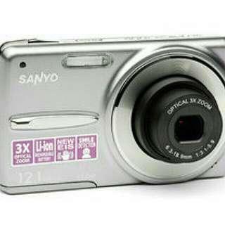 🚚 Sanyo三洋 VPC-X1220 1200萬畫素超薄鋁鎂合金數位相機