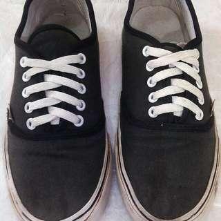 Sepatu Vans size 40