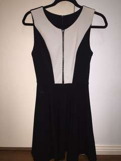 SHEIKE Zip Dress