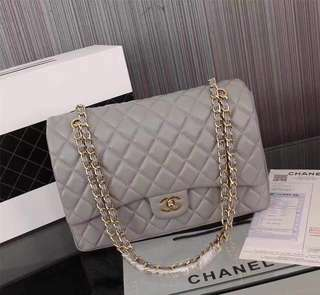 CHANEL Classic Flap 30 cm Jumbo in Gray Lambskin