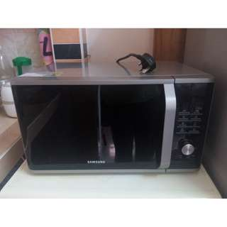 RM450 Grill Microwave Oven with Healthy Steam, 28L (MG28J5255GS)