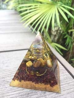 Orgone Pyramid (West Sun II)