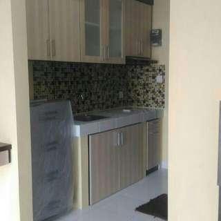 Kitchen set, lemari bawah tangga, lemari baju, etalase toko mas dll