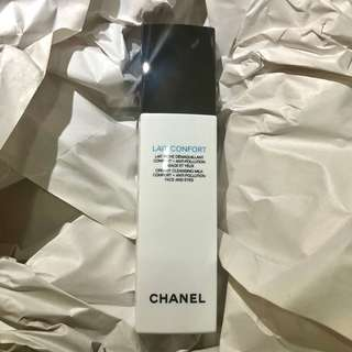 Chanel creamy cleansing milk comfort + anti-pollution face & eyes