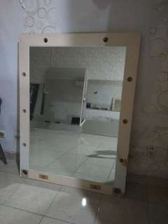 Kaca Hias,  kaca bekas bridal