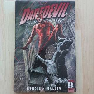 Marvel Comics Daredevil Volume 3 Hardcover Brian Bendis Story and Alex Maleev Art