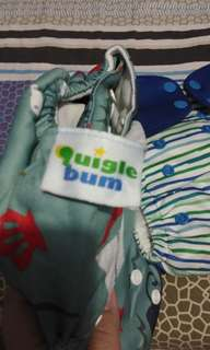 Cloth diaper (quigle bum)