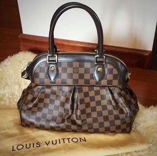 Louis Vuitton Trevi PM Damier