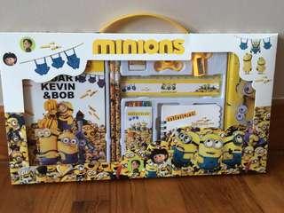 Minion stationery set