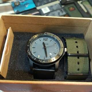 EIGER WAGER WATCH BLK. NOS