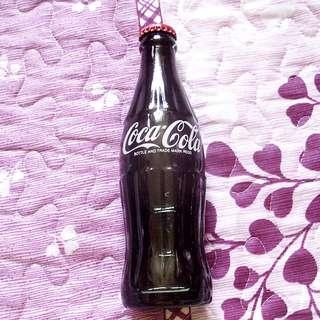 可口可樂2000年香港192毫升紅蓋玻璃樽