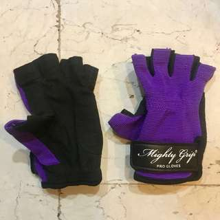 Pole gloves