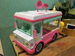 Playdoh vehicle
