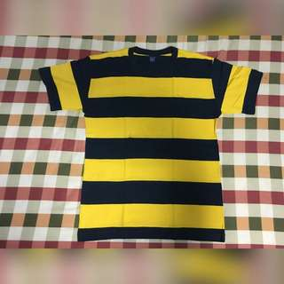 Gap yellow and black shirt