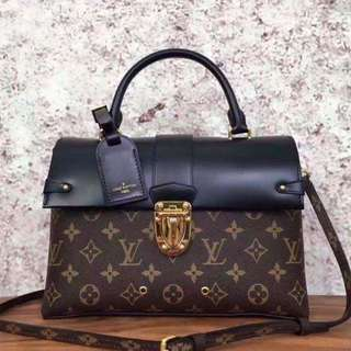 Louis Vuitton One Handle Flap Bag MM Monogram M43125