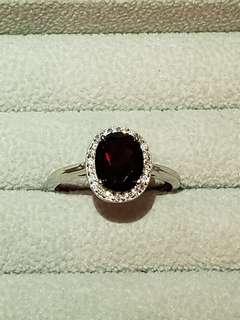 深紅水晶純銀水鑽戒指