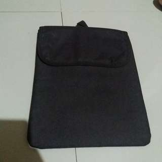 Jual cap dase atau cover laptop atau notebook netbook 10-11 & 11.6 inch. For macbook air 11 masuk