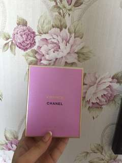 Chanel chance gold