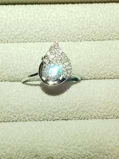 水滴形s925戒指人造鑽石