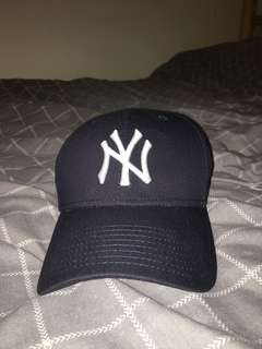 NEW YORK YANKEES NAVY BLUE CAP ⚡️