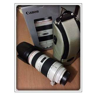 CANON EF 70-200mm f/2.8L Lens w/ Hood (Almost New/Complete)