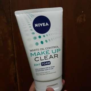NIVEA MAKE UP CLEAR