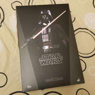 1/6 Scale Star Wars Darth Vader (A New Hope) bu Hot Toys