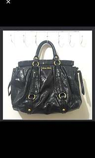 100% Real Miu Miu Hang bag 90% new (original price $10xxx)