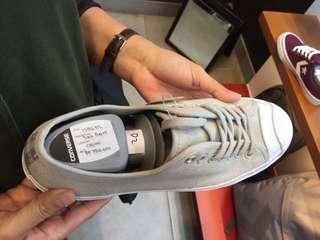 sepatu converse cowo