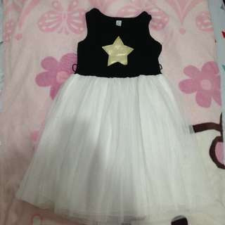 Prelove dress for 2-4 years old