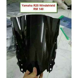 R25 Windshield