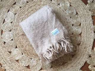 ST ALBANS Mohair Throw Blanket