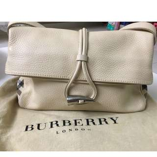 Burberry Haymarket Horn Toggle