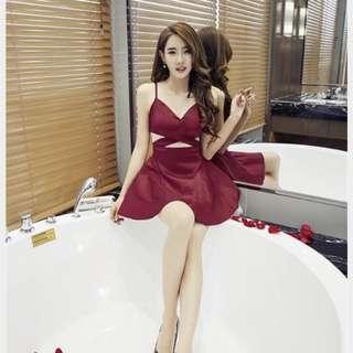 🚚 玫瑰紅露腰洋裝