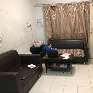 132 cashew ,  mrt ,  2 bedder, 1 june