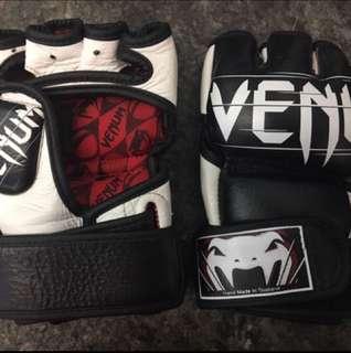 Venum Undispute MMA Gloves Leather - S