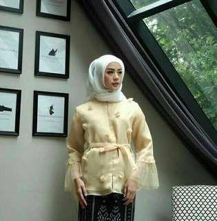 leiza blouse by edmore