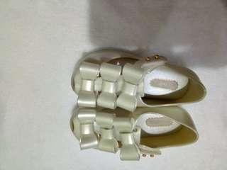 Mini melissa ultragirl triple bow pearl white s7