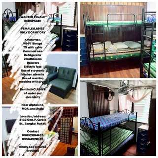 IF LOOKING FOR BEDSPACE FOR RENT ( FEMALE ONLY)
