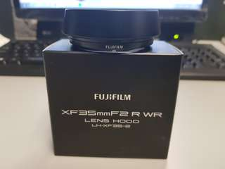 XF32mmf2 R WR Lens Hood