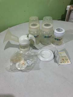 Preloved Avent bottles and manual breastpump parts